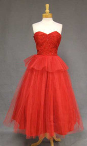 Red Lace & Tulle Strapless 1950's Prom Dress