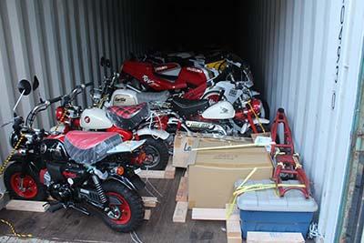 container-unload-6.jpg