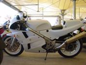 1988 Honda VFR750R RC30