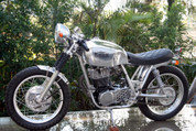 Yamaha Goldstar SR400