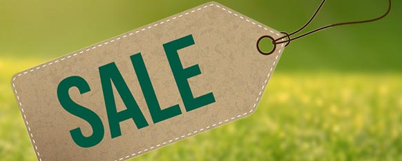 Shop our golf sale and save - hundreds of popular items have been reduced!