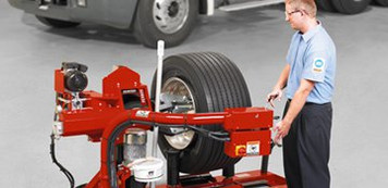 TCX625HD Heavy-Duty Tire Changer