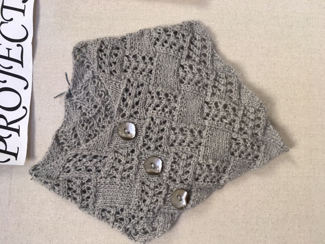 cowl-with-a-point-3.jpg