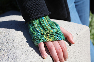 stitch-school-mitts.jpg