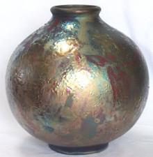 059 - Ball Shaped Bottle Vase