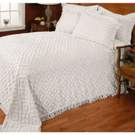 Twin size 100% Cotton Bedspread with White Diamond Pattern and Fringed Edges TDCBW49513