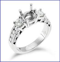 Gregorio 18K White Engagement Diamond Ring R-148