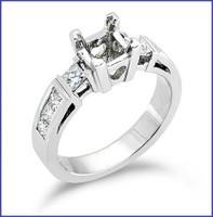 Gregorio 18K White Diamond Engagement Ring R-164