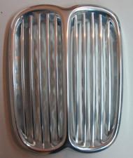 BMW 3.0cs 3.0S Front Center Kidney Grille