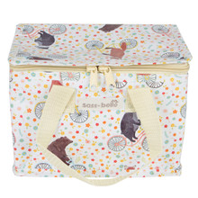 You will never want to dine in again after you purchase this adorable lunch bag. In the quirky Happy Animals on Bikes print, this practical household item will make lunchtime a hundred times more fun!  It has a wipeable exterior and zips up, meaning food will stay secure and the lunch bag will stay pretty. •Dimension - 21 x 12 x 16 cm •Material - Woven, Nylon Webbing, Aluminum Foil •Colour - Multi