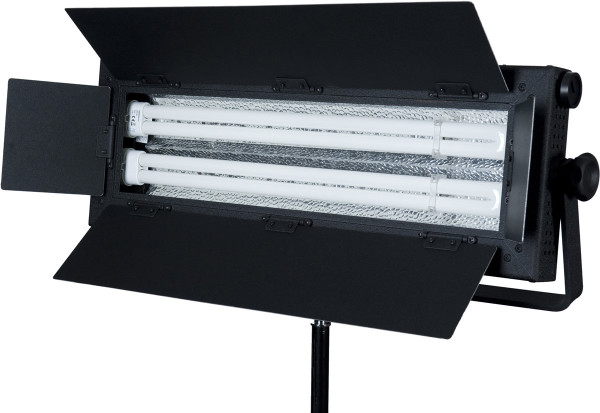 FloLight FL-110AW Fluorescent 100 Watt Daylight and Tungsten Video and Photo lighting - no flicker