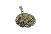 Pre-Owned Aztec Mayan Sun Calendar SILVER PENDANT Necklace Medallion