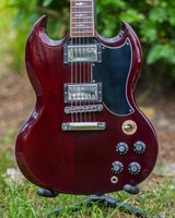 Gibson SG Angus Young Heritage Cherry 2012