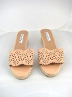 OSCAR DE LA RENTA Nude Patent Leather Open Toe Wedge Sandal Size 38