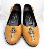 DONALD J PLINER Brown Leather Zipper Round Toe Pump Heel Size Size 7.5M