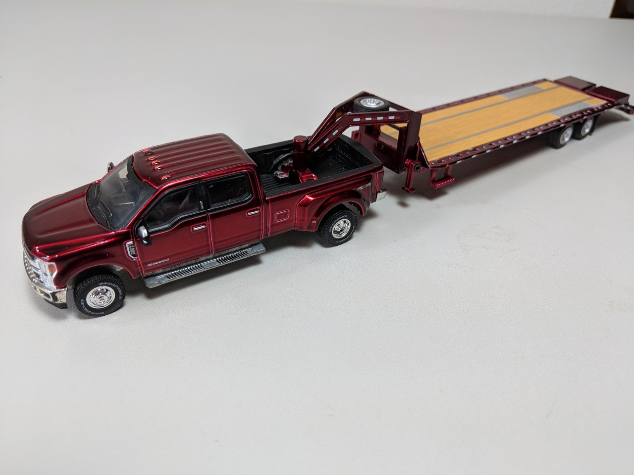 hitch tow  ford   king ranch dually ruby red  hd gooseneck trailer town