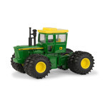 1:64 John Deere 7520 4WD Tractor w/Duals and Yellow Cab Top