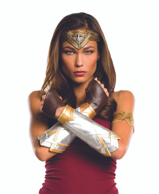 Deluxe Dawn of Justice Wonder Woman Accessory Kit