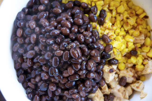 black beans, chicken and bell peppers