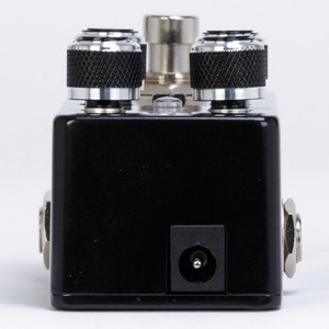<p>PIGTRONIX DISNORTION MICRO</p> <p><span>The Pigtronix Disnortion Micro packs all the sonic glory and 18V headroom of the original analog Fuzz and Overdrive circuits from the large-format Disnortion pedal into a miniature version that runs on 9-volts. The original, 3-footswitch Disnortion pedal was in production from 2005 to 2015 and remains in constant use with world-class bands such as Queens of the Stone Age, Aerosmith, Living Colour and Muse.</span><br /><br /><span>This new micro version of the Disnortion hugely one-ups the original's broad palette of touch responsive dirt sounds by including the ability to switch from a parallel routing to a new, super-saturated series routing where the 6-stage CMOS overdrive circuit is cascaded into unique Pigtronix diode-clipping fuzz, and then output through a 6-way passive filter network. A single-gain knob controls the saturation of both the fuzz and overdrive circuits simultaneously. The Parallel routing mode is ideal for players who like to pile on the gain without sacrificing clarity, dynamic response, punch or low end - it's like double-tracking your guitar inside a micro pedal! The Series routing mode offers an even wider range of gain and more extreme filter effects for metal tones and beyond, including self-oscillating timbres that can be modulated by pickup selection and guitar control settings.</span><br /><br /><span>The CMOS overdrive found in the Disnortion Micro responds to the dynamics of your playing using a unique, 6-stage gain architecture that retains the natural tone of your instrument while adding tube-style breakup as you play louder. Pigtronix Fuzz has a unique diode-clipping architecture designed to deliver compression and controllable feedback while preserving the dynamics of your playing style. The rotary tone control filter switch provides 6 musical EQ curves using a complex passive network which compliments the Overdrive channel's traditional low-pass filter.</span><br /><br /><span>The origin