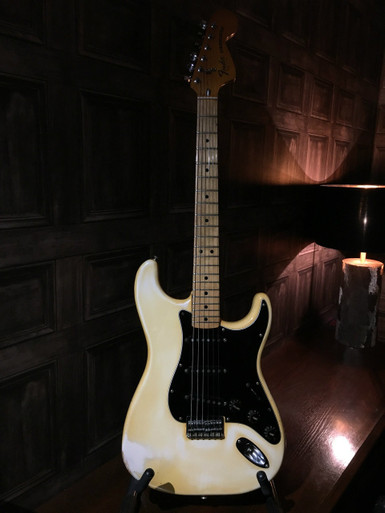 "<p>Fender 1977 Strat - Olympic White which has yellowed into a very vintage white! Hardtail with maple neck and not the typical 70's ""Boat Anchor"" this one is quite light and resonant.</p> <p>All original apart from one ferrule and the volume pot which has been replaced for a correct CTS USA one.... everything else ( pickups, frets, nut, machineheads etc ) is completely as it should be for 77.</p> <p>This guitar plays fantastically and much better than most late 70's ones.</p> <p>Comes with original ( non Fender ) case.</p> <p> </p>"