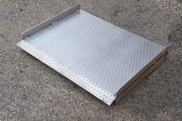 aluminum-ramp-folded-2-600x399.jpg