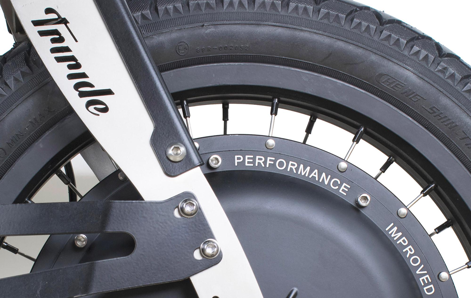 triride-special-l14-dettaglio-motore.jpg