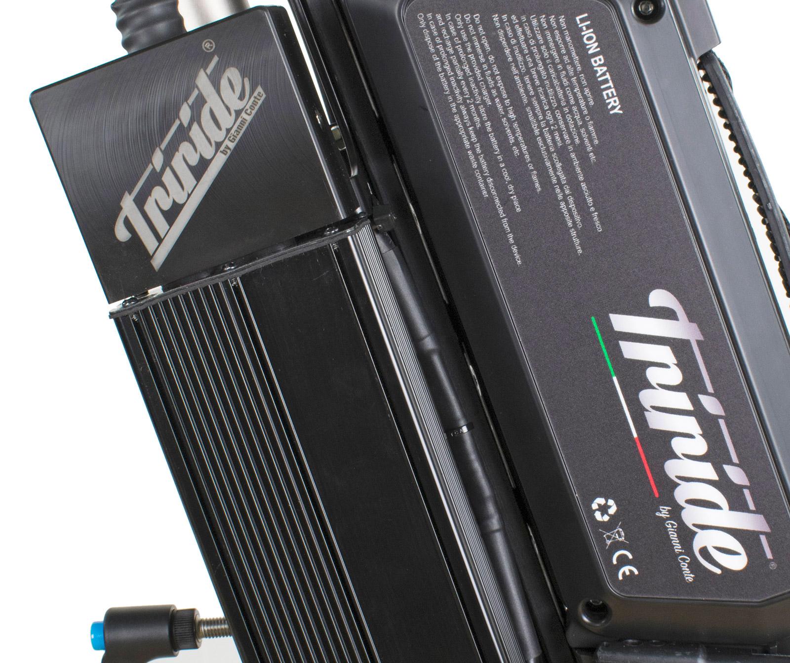 triride-special-light-dettaglio-centralina.jpg