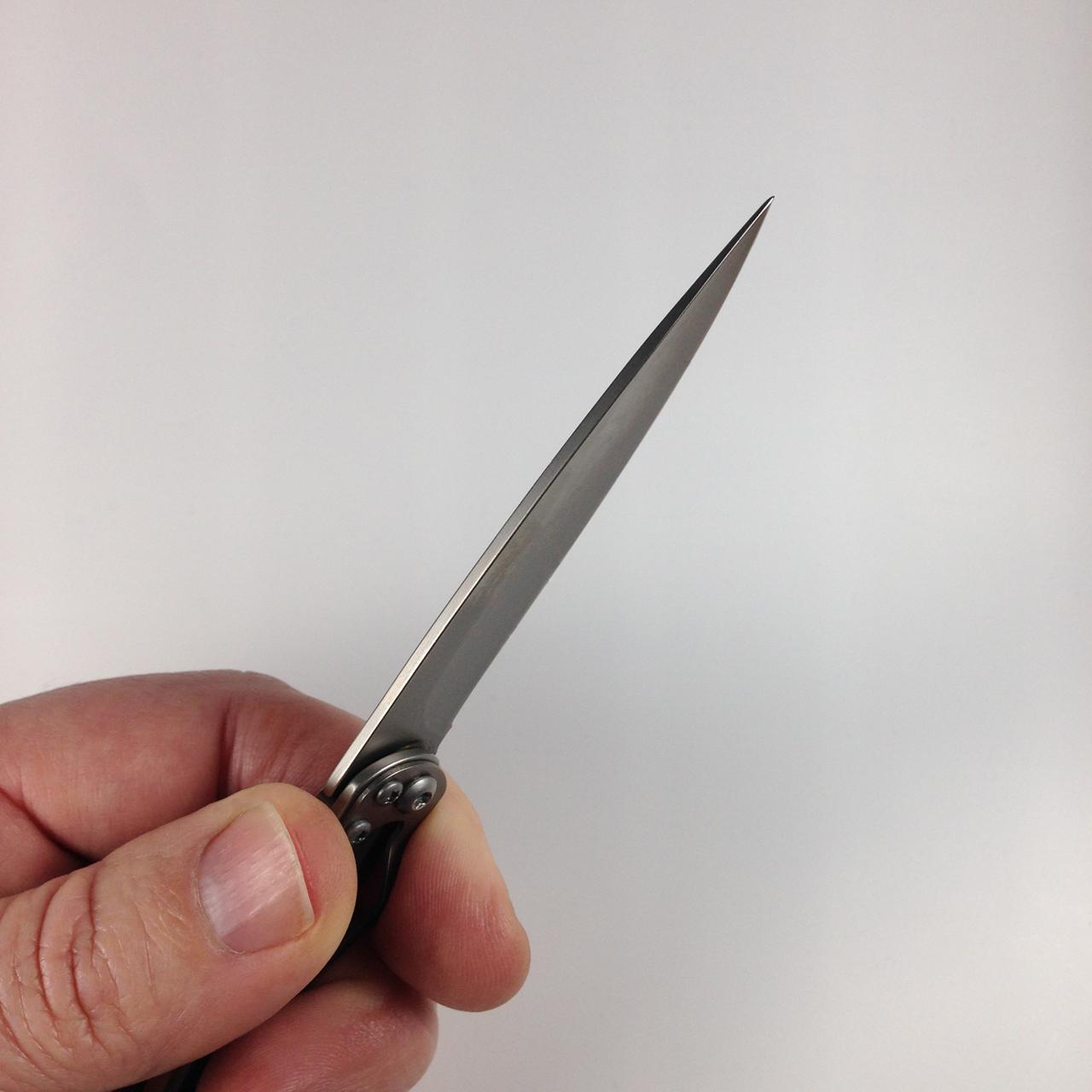 deejo-minimalist-27g-juniper-blade-back2.jpg