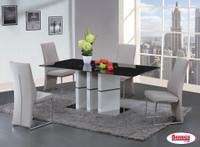 D647 Dining Room Set