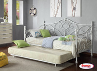1054 Grace White Day Bed with Trundle