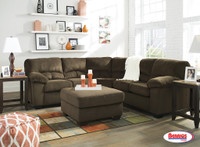 95403 Dailey Chocolate Sectional Living Room