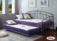 71159 Madison Grey Day Bed