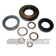 Vespa Small Frame RUBBER & METAL ENGINE OIL SEAL KIT (Italian) + O RINGS 50/90/100,ET3,Primavera etc
