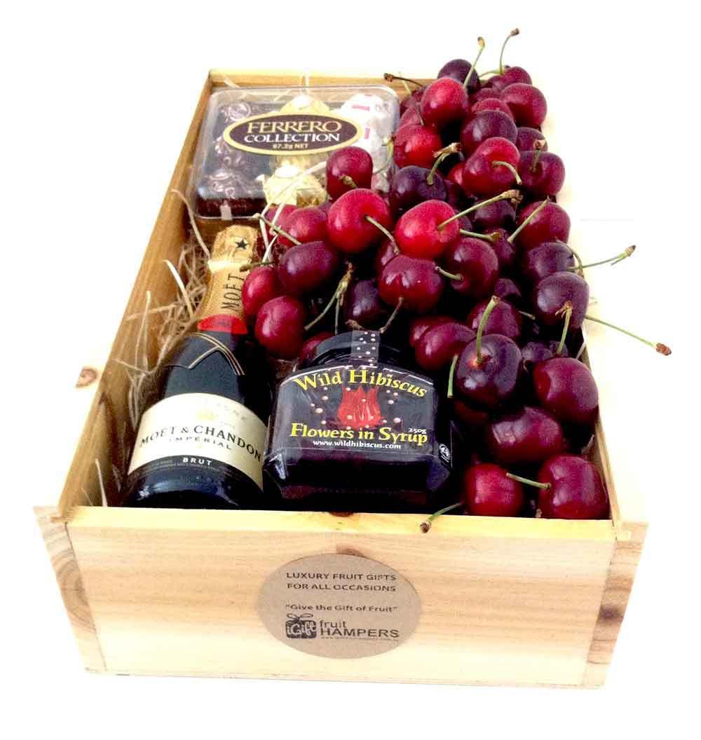 Cherry hampers igift pty ltd cherry moet gift hamper cherry hampers moet chandon negle Image collections