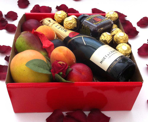 Moet Chandon Piccolo 200ml Red Gift Box + Wild Hibiscus Flowers + Chocolates