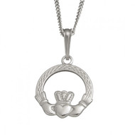 Claddagh Knotwork Pendant And Chain
