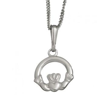 Medium Claddagh Pendant With Chain