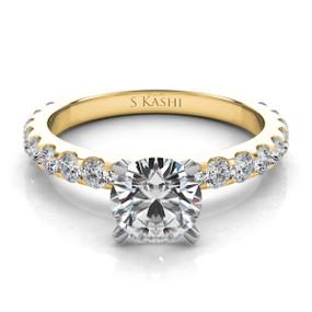 SOLITAIRE DIAMOND ENGAGEMENT RING EN7006