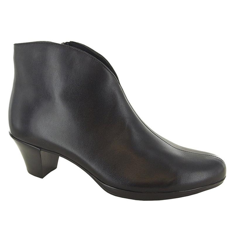 Munro Women's Robyn - Black Leather