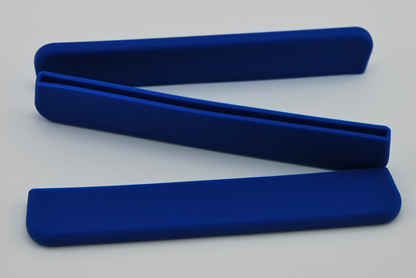 Blue removable silicon paddle blade tip protector paddle guard. Durable and lightweight. Protects the blade edge from damage when dragon boat paddle not in use.