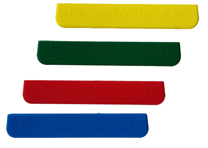 Comes in various colours: yellow, green, red, and blue.