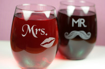 Engraved Mr & Mrs Stemless Wine Glasses (Set of 2)