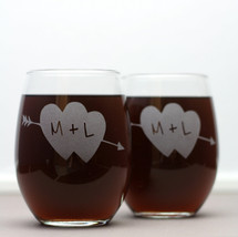 Personalized Engraved Stemless Wine Glasses Couples Gift with Initials in Heart with Arrow (Set of 2)