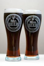 Engraved Large Pilsner Mr & Mrs Beer Glasses Wedding Gift (Set of 2)
