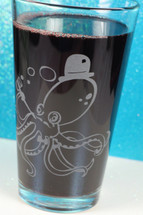 Engraved Octopus gentleman Etched Pint Glass