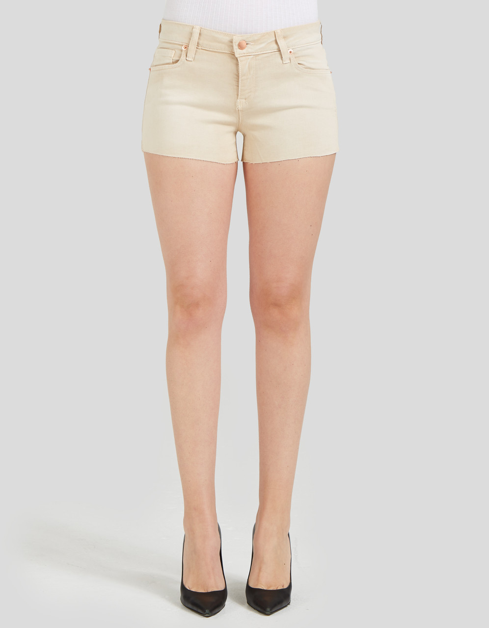 MID RISE CUT OFF SHORT - Stevie in Camel