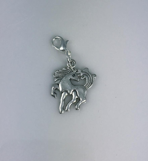 Resell for 6.00 or more Pewter horse Lobster clasp bauble Style #HB100317g
