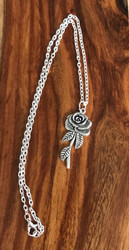 Resell for 9.00 or more Pewter rose 1 3/4 inch long 18 inch silver tone chain style #RN112417g