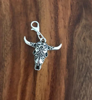 Resell for 6.00 or more Pewter ornate cow skull Lobster clasp bauble charm Style #CSBC112517g